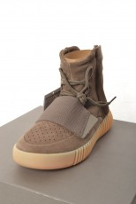 adidas YEEZY BOOST 750 LIGHT BROWN スニーカー